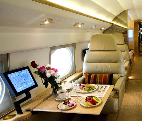 LuxuryRules-luxury-catering-on-board